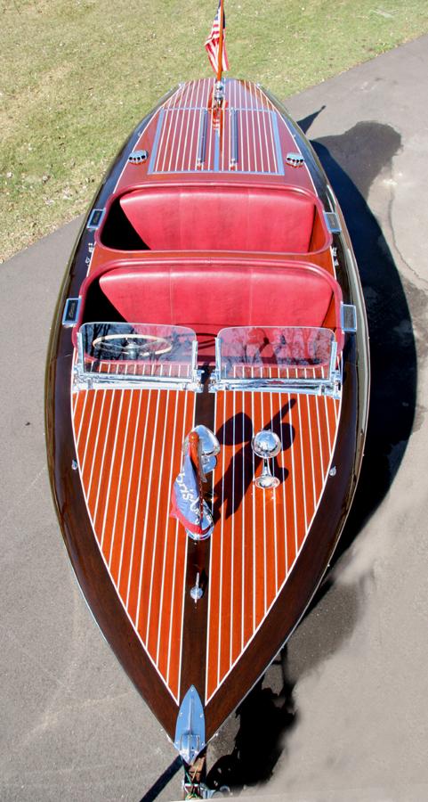 1939 19 Chris Craft Barrel Back Custom Runabout For Sale