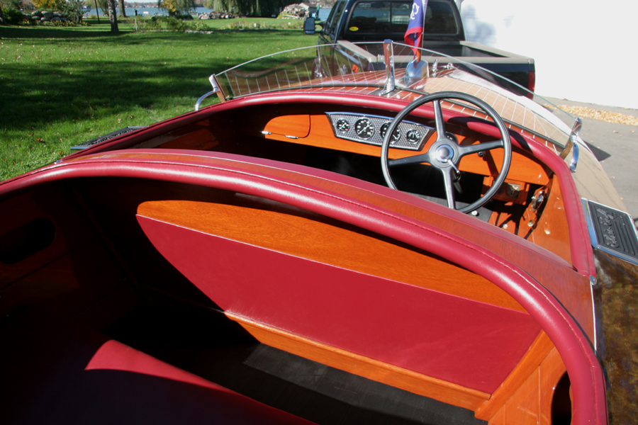 Identify Your Chris-Craft 1935-1938 19' Custom Runabout
