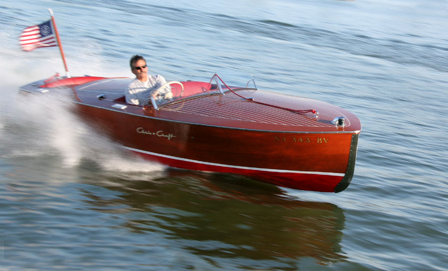 Chris Craft Racer