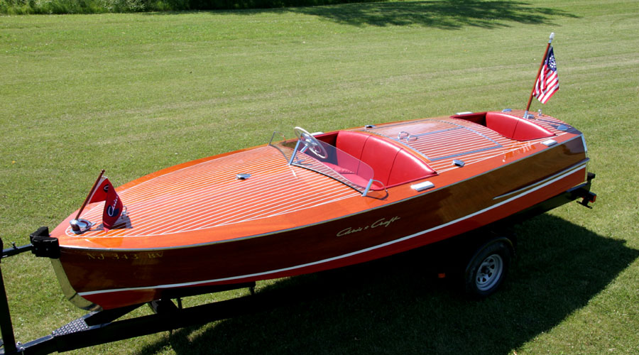 Chris Craft 1953 19 foot Racing Runabout