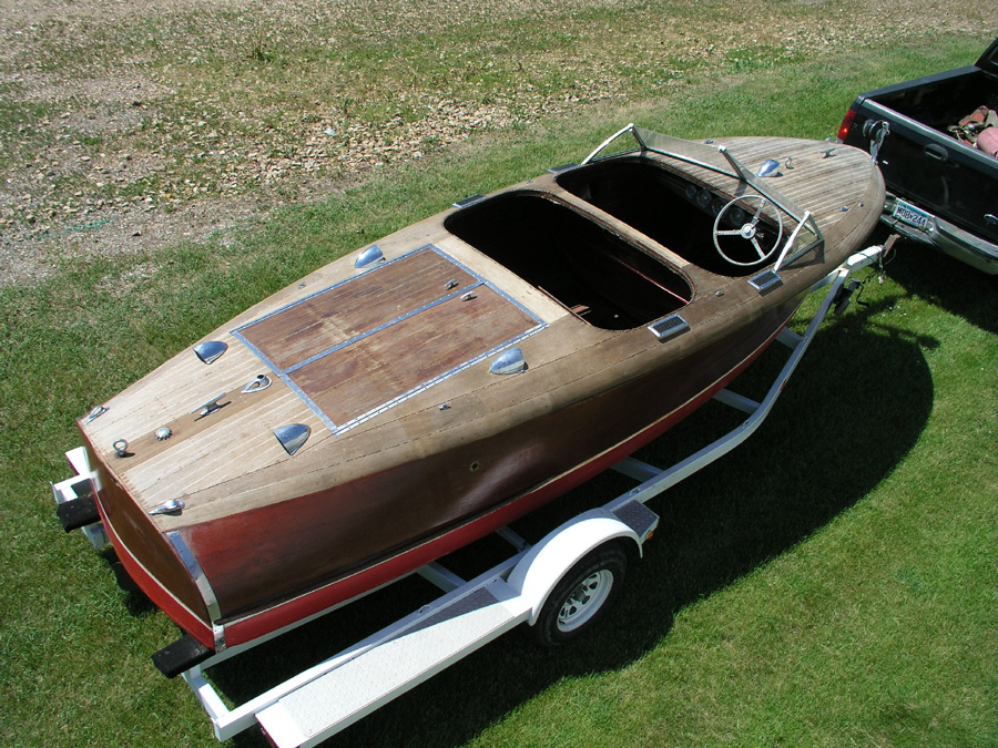 19' Chris Craft Custom Runabout