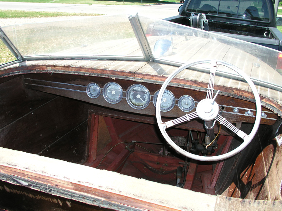 19' Barrel Back dash board
