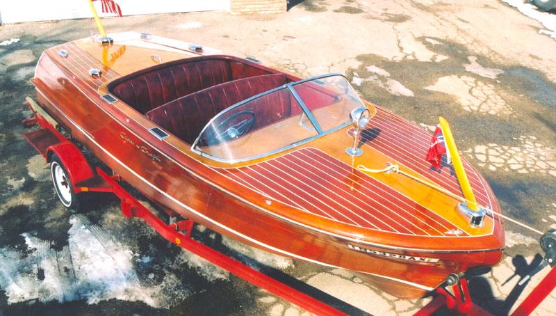 1955 19' Chris Craft Capri - Classic Boats