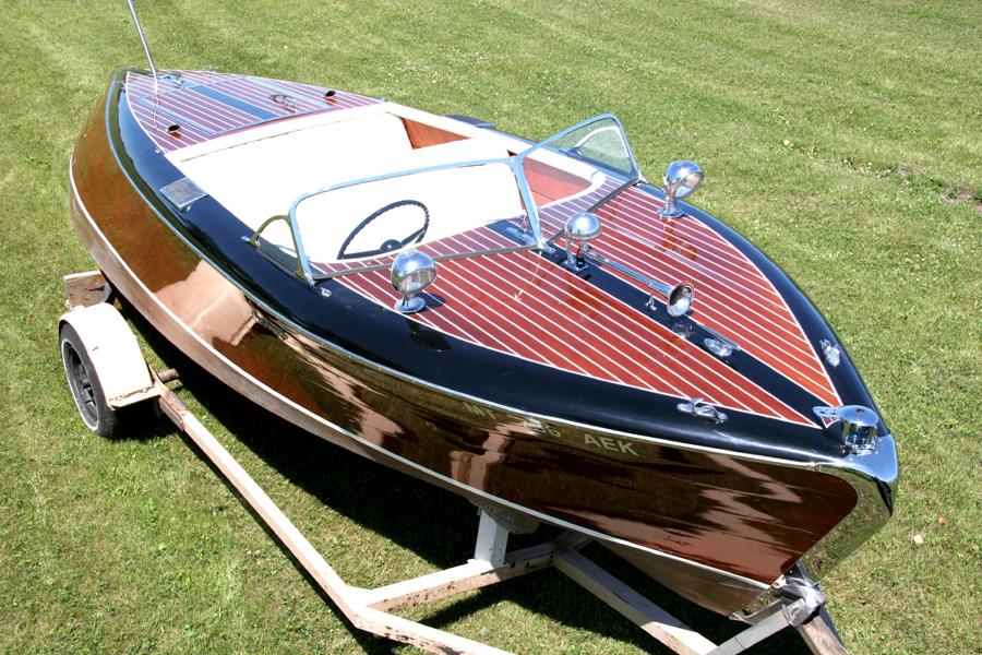 1948 21 Stan Craft Torpedo Stern Runabout