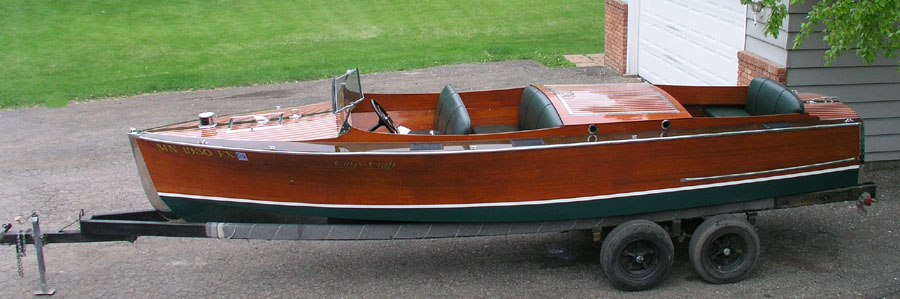 Antique Boats - 1930 22 ft Chris Craft Triple Cockpit Custom Runabout