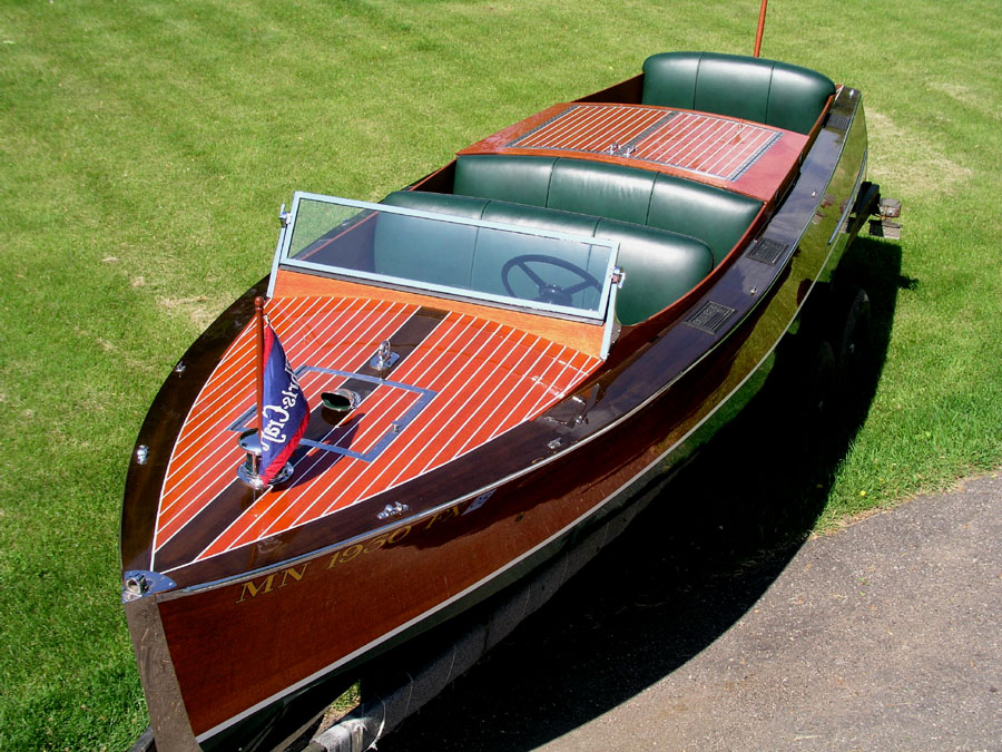 Chris Craft Triple  Ft Runabout