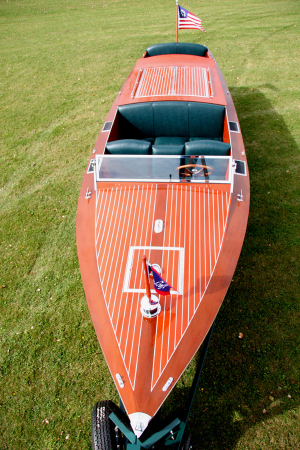 Chris Craft Triple Runabout  Ft