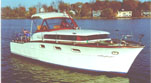 Chris Craft Futura 33' Wooden Cabin Cruiser